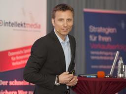 """Webinar: Online-Erfolgsschmiede-Programm: RENÉ PENSELIN """"Web-Strategie 4.0 - Wie Sie mehr Kunden über Ihre Website gewinnen"""""""