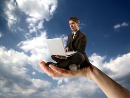 Webinar: Ihre Schadensbearbeitungszeiten um 41% senken mit Cloud Computing