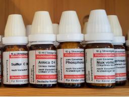 Webinar: Mit Homöopathie gut durch die Wechseljahre