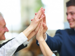 Webinar: Sinnvolle und sichere Investition in Seniorenimmobilien