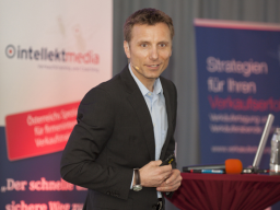 "Webinar: Online-Erfolgsschmiede-Programm: RENÉ PENSELIN ""The Power Marketing Day - 100 kraftvolle Marketingideen"""