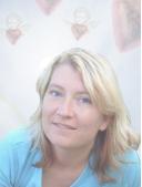 Nicole SelissjaAna Hartung