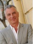 Dr. Wolfgang Schmid