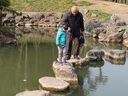 6 Schritte, um mit den Eltern (noch) mehr in Frieden zu kommen