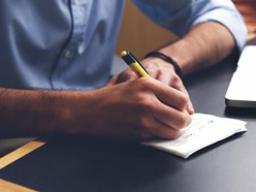 Webinar: Mit modernem Schreibstil patientenorientiert kommunizieren (Basis)